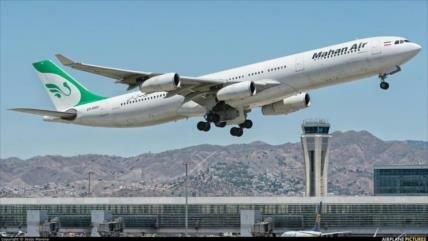 'Francia prohíbe a aerolínea iraní su cielo por presión de EEUU'