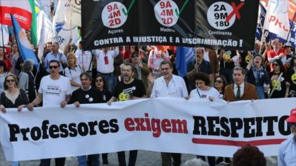 Miles de profesores portugueses piden justicia salarial
