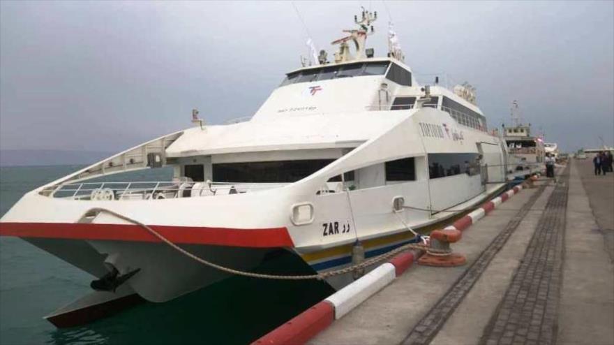 Irán bota su barco de pasajeros más grande y más avanzado