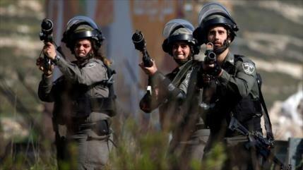 BTselem condena el acto israelí de acribillar a dos palestinos