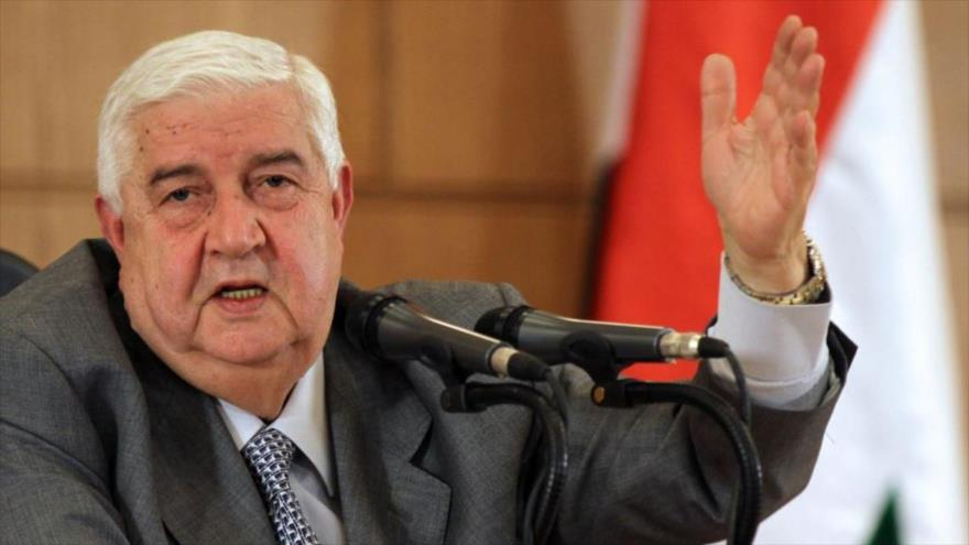 El canciller sirio, Walid al-Moalem, ofrece una rueda de prensa en Damasco.