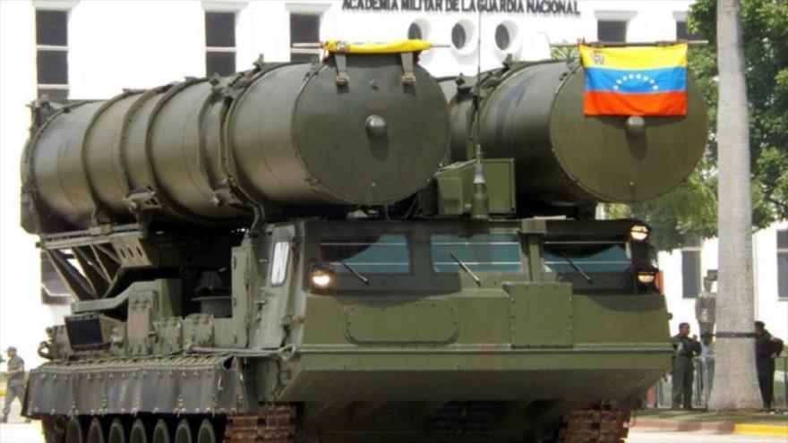 El Ejército venezolano despliega misiles S-300 en Caracas | HISPANTV