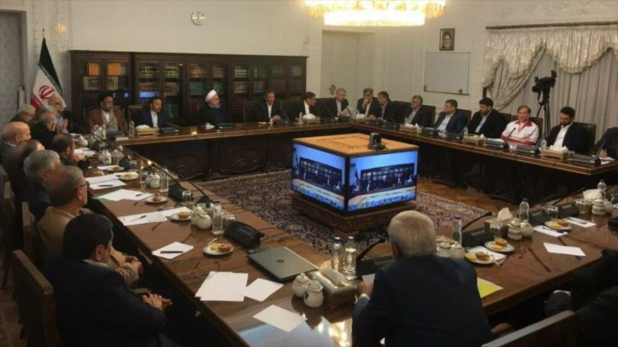El presidente de Irán, Hasan Rohani, preside la reunión de la Organización de la Gestión de Crisis del país, 24 de marzo de 2019.