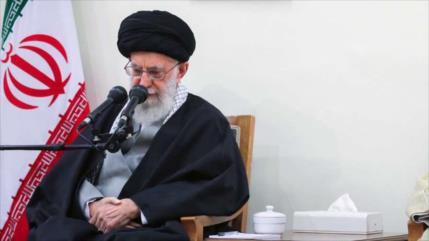 Líder de Irán llama a sumar esfuerzos tras inundaciones en Shiraz