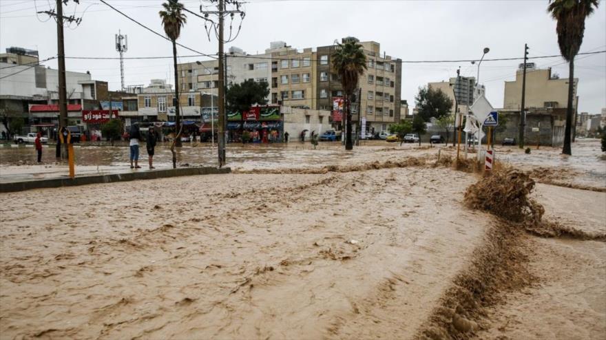 Calles inundadas en Shiraz, la capital de la provincia de Fras, sita en el sur de Irán, 26 de marzo de 2019. (Foto: Farsnews)