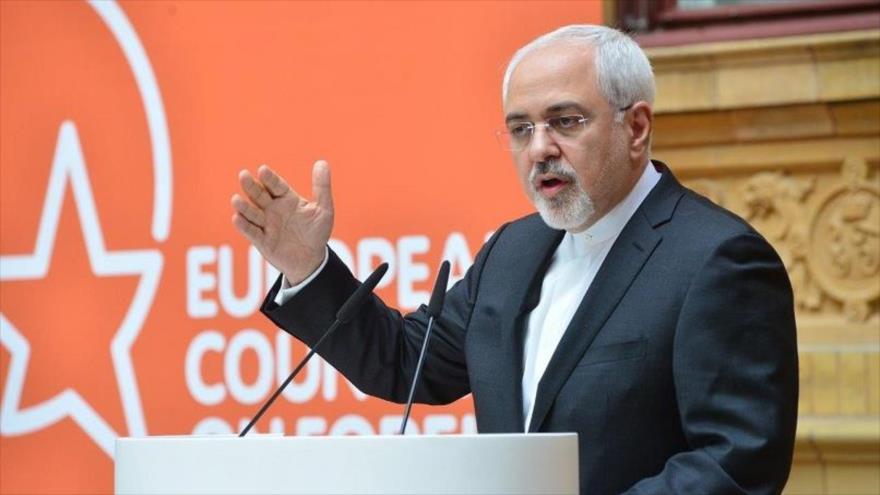 El ministro de Exteriores de Irán, Mohamad Yavad Zarif, habla ante el Consejo Europeo anual de Relaciones Exteriores.