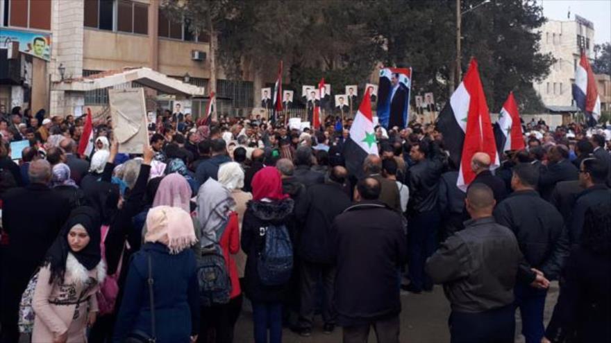 Miles protestan en Siria contra la ocupación israelí