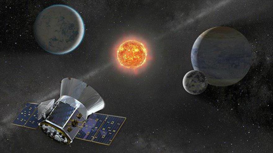 Una representación de la Administración Nacional de la Aeronáutica y del Espacio de EE.UU., (NASA) del satélite TESS.