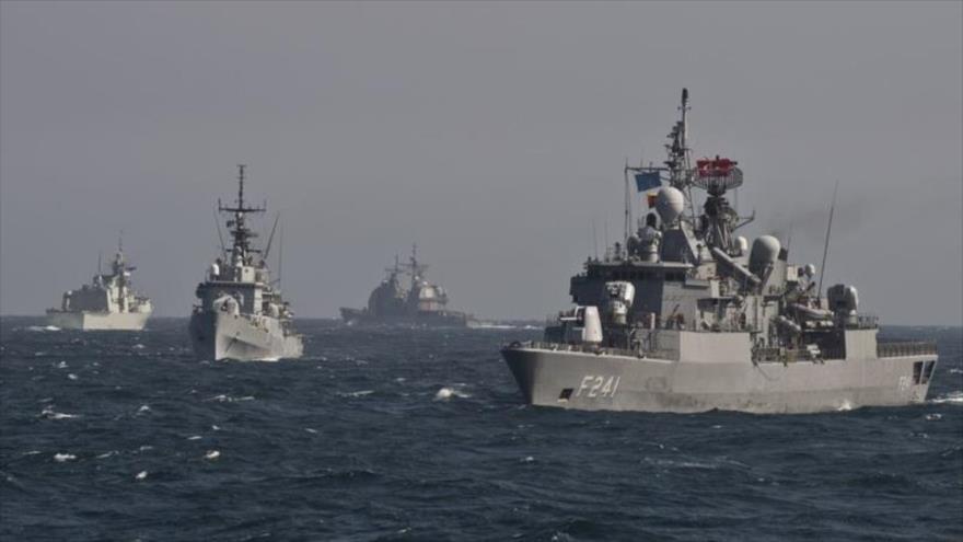 Naves de Rusia escoltan a buques de la OTAN en el mar Negro | HISPANTV
