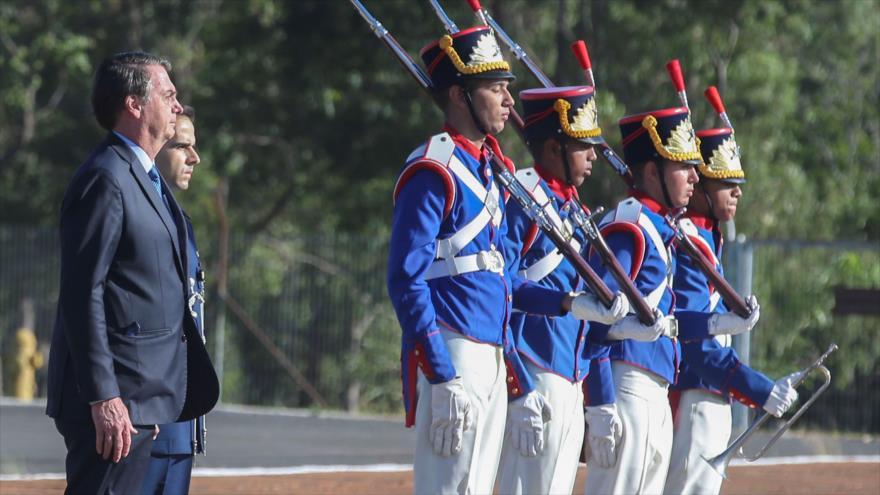 El presidente de Brasil, Jair Bolsonaro, asiste a una ceremonia en el Palacio de Alvorada en Brasilia, 29 de marzo de 2019. (Foto: Reuters)
