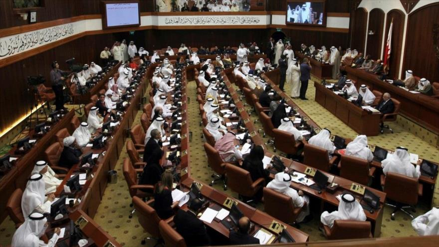 Parlamento de Baréin repudia invitación a tres israelíes a Manama | HISPANTV
