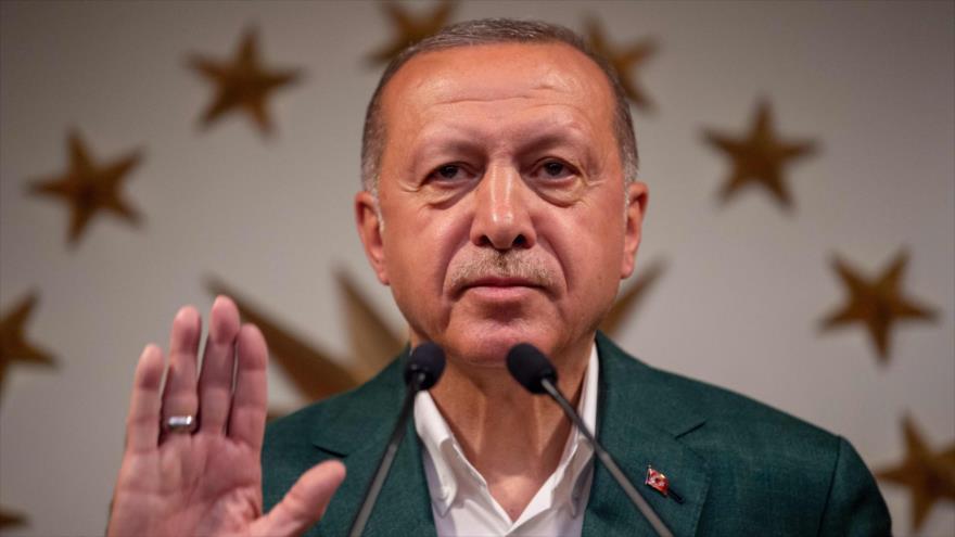 Erdogan resalta 'victoria' de su partido en comicios municipales | HISPANTV