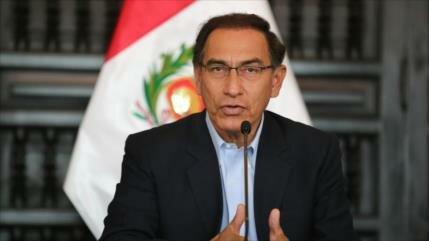 Gestión presidencial de Vizcarra sigue en caída libre en Perú