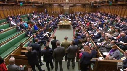 Parlamento británico rechaza alternativas al acuerdo del Brexit