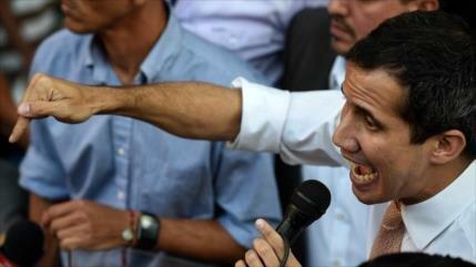 El golpista Guaidó, enojado por eliminar su inmunidad parlamentaria