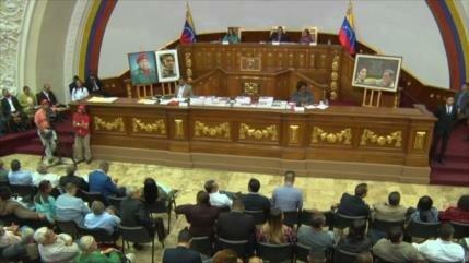 En Venezuela permiten avanzar en causa judicial contra Guaidó