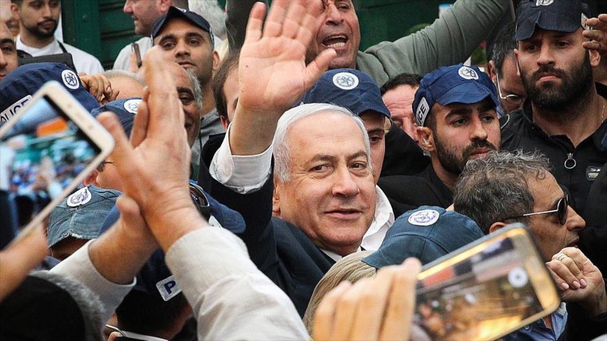 Vídeo: Lanzan tomate contra Netanyahu en su campaña electoral