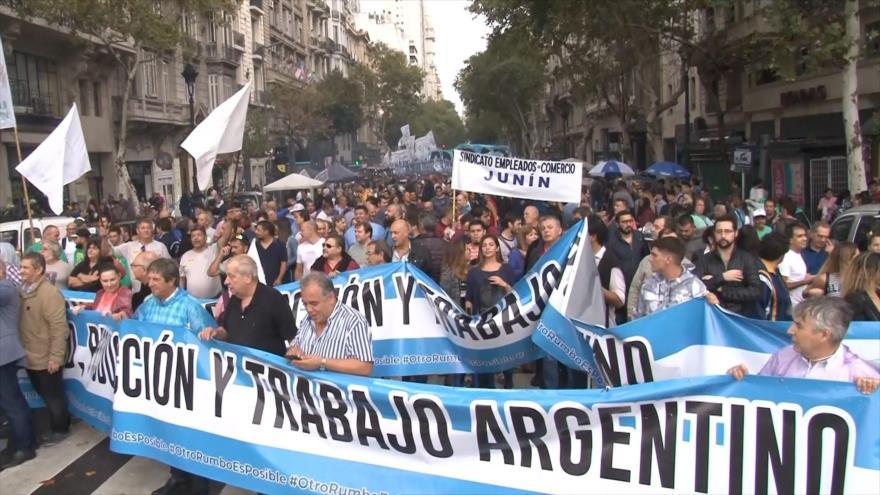Protestan en Argentina contra las políticas de Mauricio Macri
