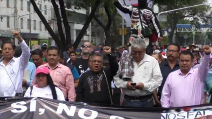 Maestros disidentes contra la Reforma Educativa en México