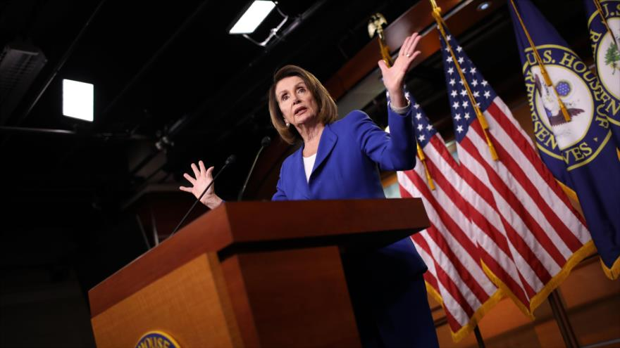 La presidenta del Congreso de EE.UU., Nancy Pelosi, durante una conferencia semanal de prensa en Washington (capital de EE.UU.), 31 de enero de 2019. (foto: AFP)