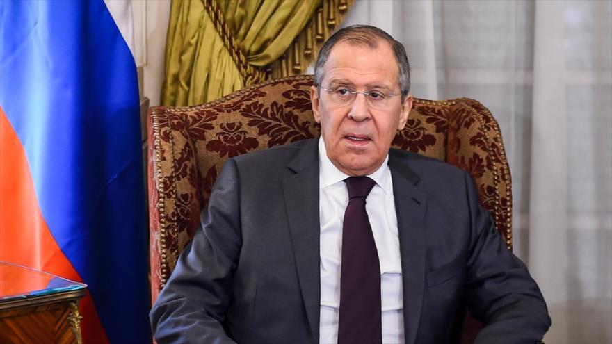 El canciller ruso, Serguéi Lavrov, en la sede de la Cancillería de Egipto en El Cairo, capital egipcia, 6 de abril de 2019. (Foto: AFP)