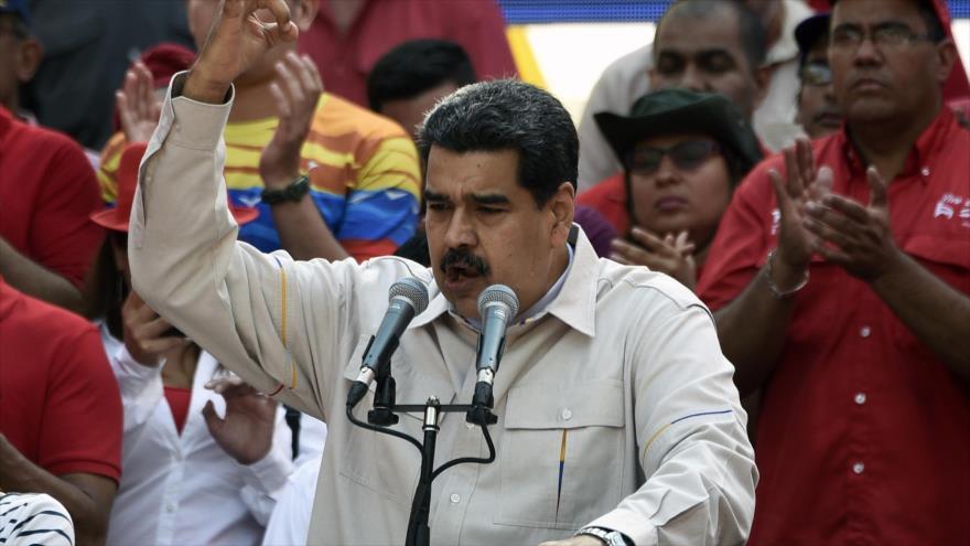 Maduro: Red eléctrica fue atacada desde Chile y Colombia