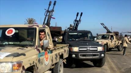 "Trípoli ve ""guerra sin ganador"" aventurerismo militar de Haftar"