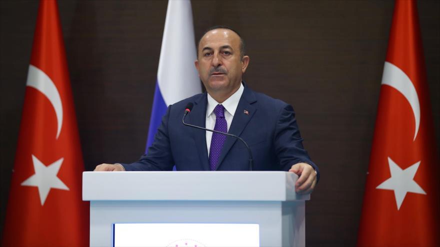 El canciller turco, Mevlüt Cavusoglu, ofrece una rueda de prensa, 29 de marzo de 2019. (Foto: AFP)