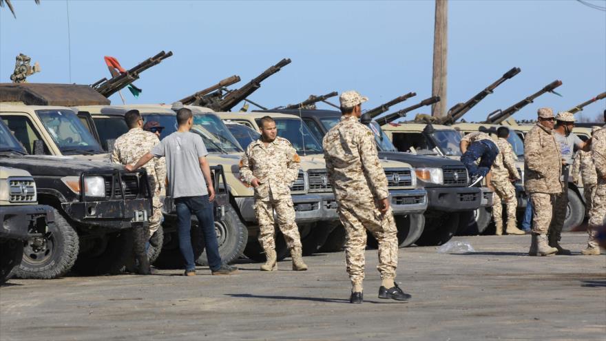 """Gobierno libio lanza una """"contraofensiva"""" contra fuerzas de Haftar"""