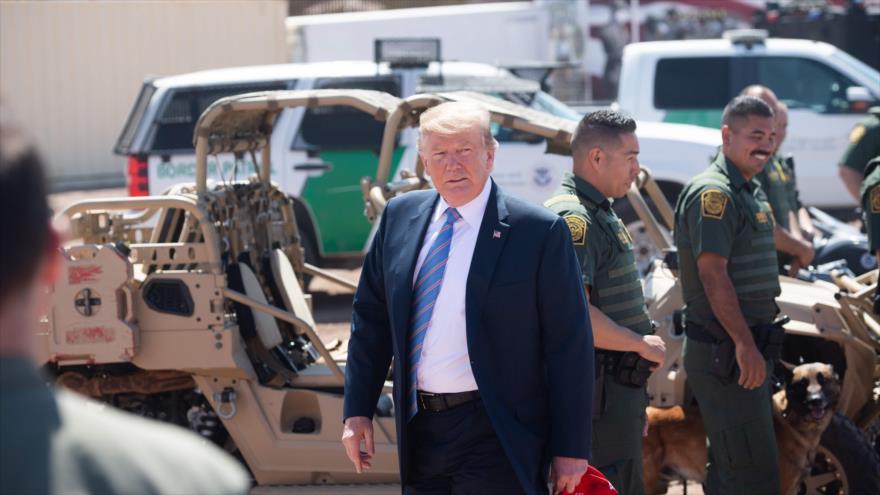 Trump ordena la reubicación de 750 agentes en frontera con México | HISPANTV