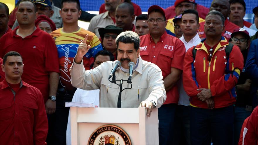 El presidente de Venezuela, Nicolás Maduro, durante un mitin en el Palacio de Miraflores en Caracas, la capital venezolana, 6 de abril de 2019. (Foto: AFP)