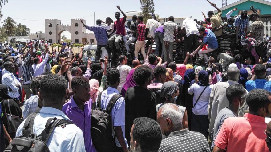 Siguen protestas en Sudán en medio de la represión policial | HISPANTV