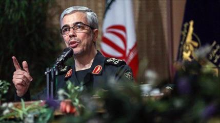 "FFAA de Irán prometen ""fuerte puñetazo en la boca"" a EEUU e Israel"