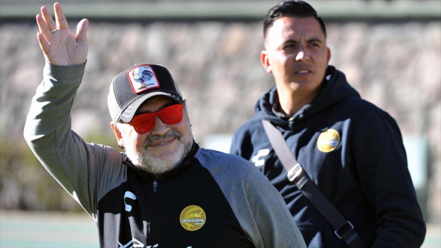 """Diego Armando Maradona, llega al Universitario Alberto """"Chivo"""" Estadio Cordova en Toluca, México, 26 de enero de 2019. (Foto: AFP)"""
