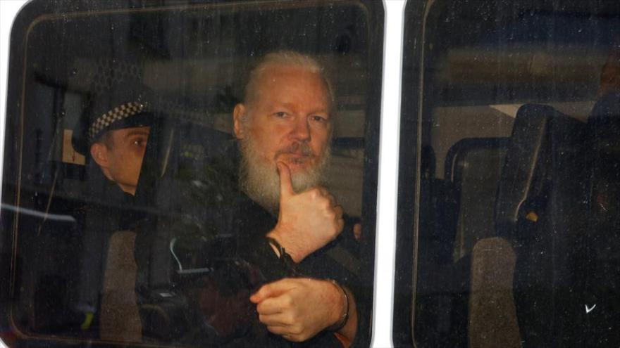 El periodista Julian Assange, fundador de Wikileaks, detenido en Londres, capital del Reino Unido, 11 de abril de 2019.