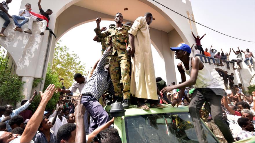 Sucesos en Sudán: ¿golpe extranjero o un cambio desde el interior? | HISPANTV