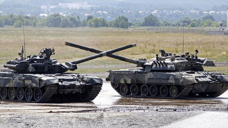 Tanques T-90 de fabricación rusa.
