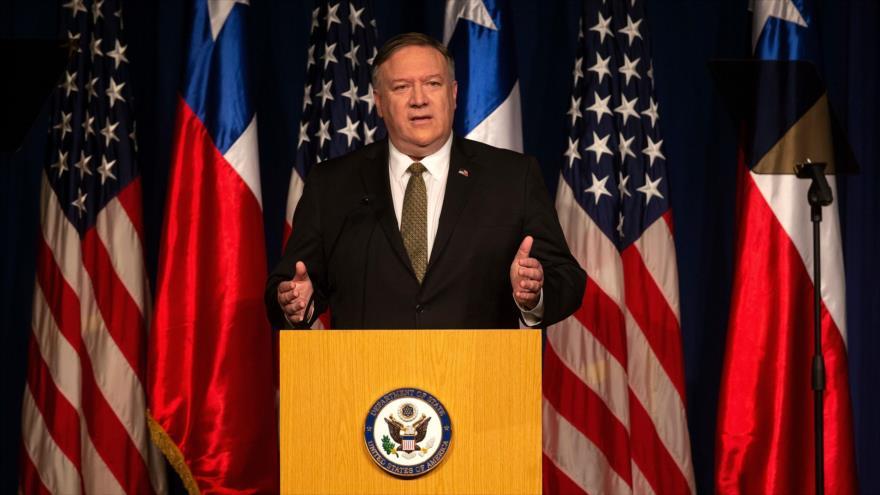 El secretario de Estado estadounidense, Mike Pompeo, pronuncia un discurso en la ciudad de Santiago de Chile, 12 de abril de 2019. Foto: (AFP)