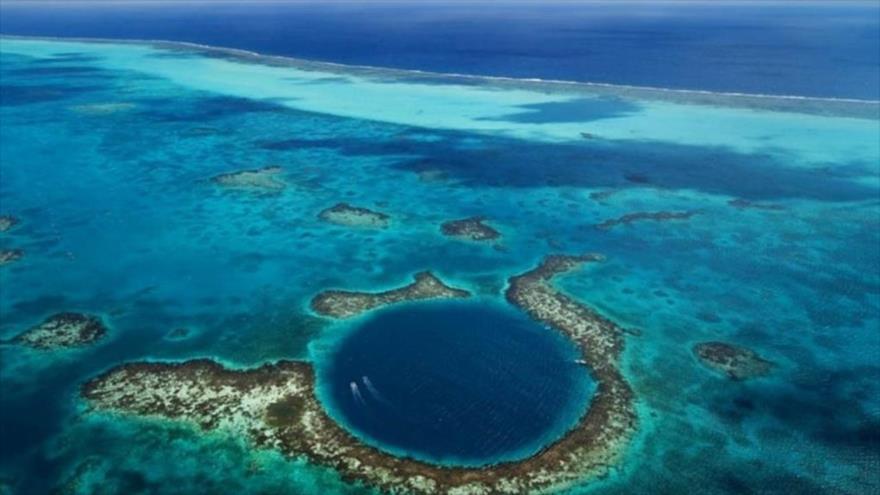 El Abismo de Challenger en la fosa Marianas, en el océano Pacífico, el lugar más profundo del planeta.