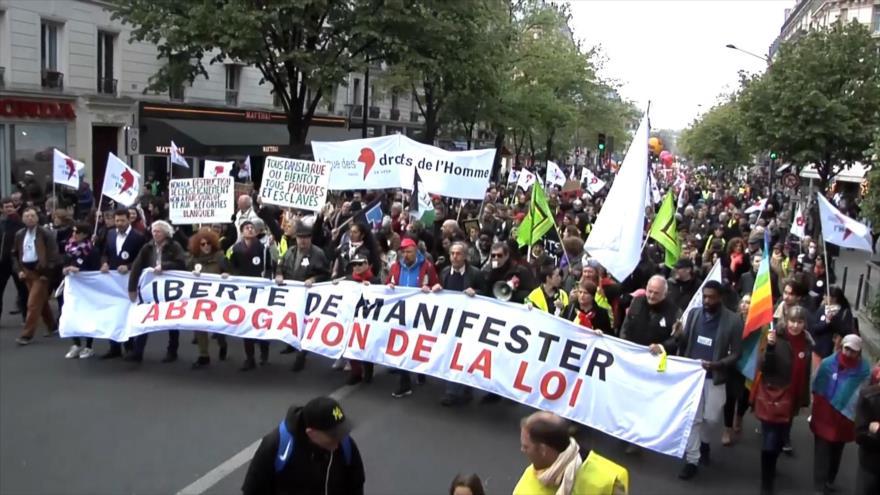 Franceses denuncian el recorte del derecho a manifestarse