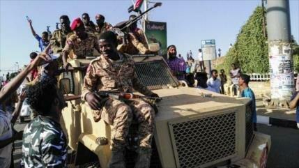 Arabia Saudí anuncia su apoyo a militares golpistas de Sudán