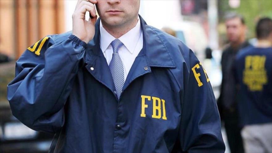 Un agente del Buró Federal de Investigaciones de Estados Unidos (FBI, por sus siglas