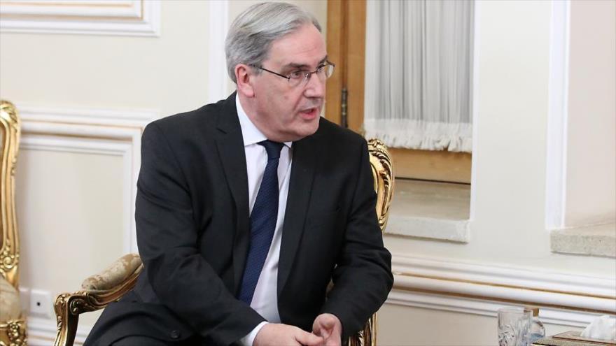 El nuevo embajador francés en Irán, Philippe Thiebaud, en la Cancillería iraní, Teherán, 14 de abril de 2019.