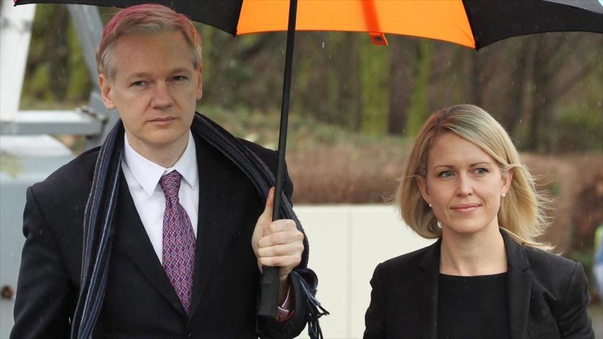 Ecuador se inventó quejas para entregar a Assange | HISPANTV