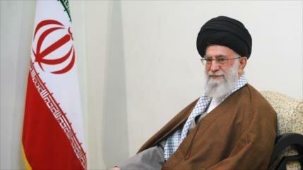 Líder iraní urge al Gobierno a compensar a damnificados por riadas