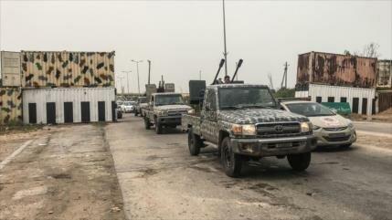 Trípoli: Guerra en Libia precipitará a 800 000 migrantes a Europa