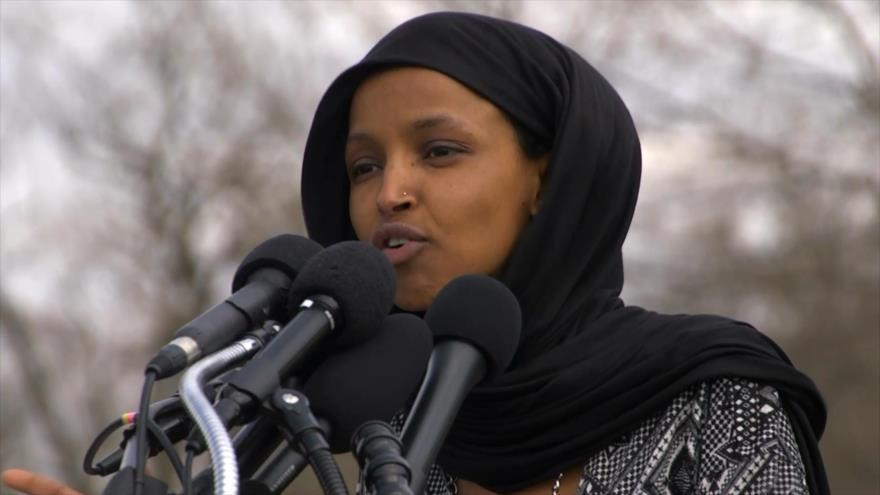 Ataque de Trump a congresista musulmana fue demasiado lejos | HISPANTV