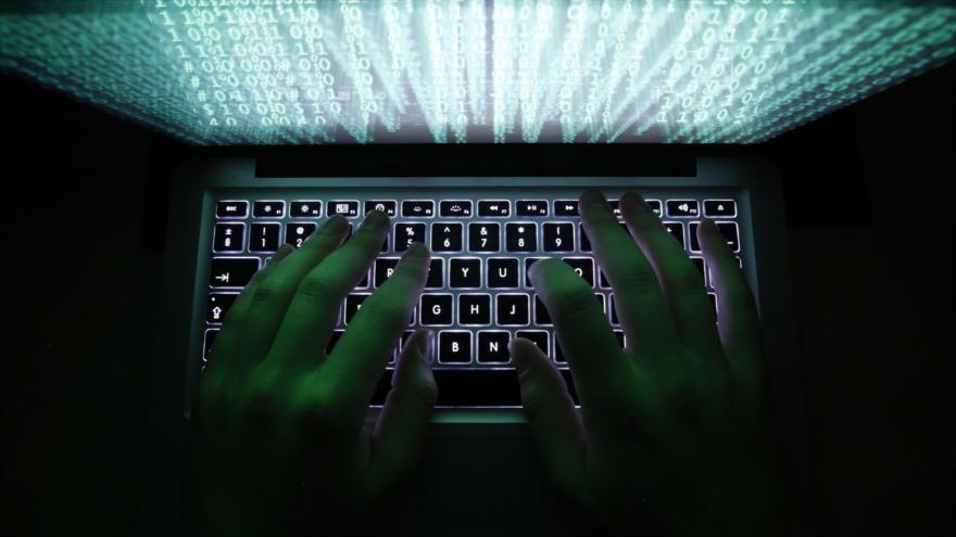 Ecuador registra más de 40 millones de ciberataques tras retirada de asilo al fundador de WikiLeaks, Julian Assange.
