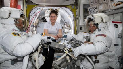 Una astronauta fijará un récord y pasará 11 meses en el espacio
