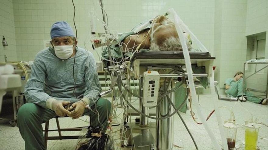 Fotos que sacuden al mundo: La primera cirugía de trasplante de corazón